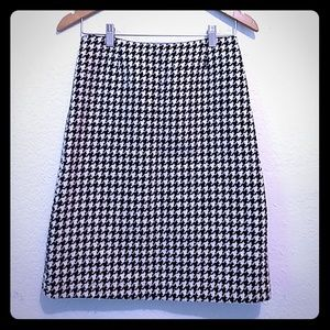 J. Crew Houndstooth Black White Wool Pencil Skirt